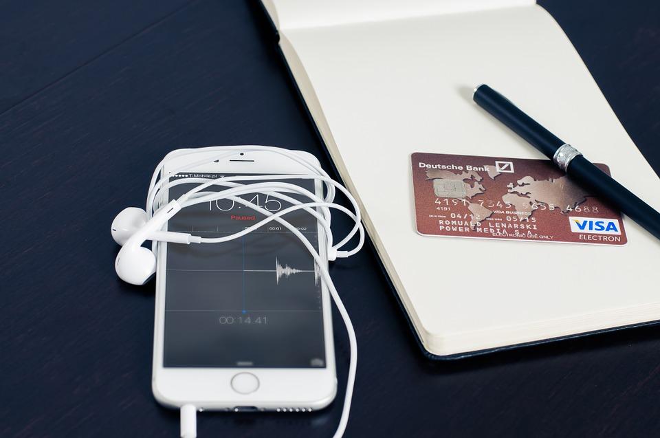 אייפון, כרטיס אשראי, סליקה, קרדיט